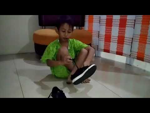 Jual Sepatu Anak Sekolah di Bandung | 0878-8710-4151