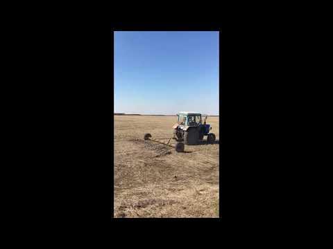 3 Тракторист окончил смену