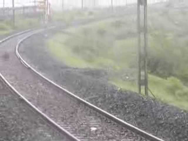 RIG-NZM Gondwana Express with BSL WAP-4 #22362 dreched in rains!! Travel Video