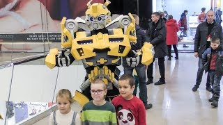 Huge Transformer Makes Children Crazy ! Seen in Minsk, Belarus
