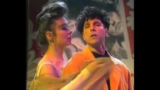 Скачать Les Rita Mitsouko And Sparks Singing In The Shower Music Video Mix