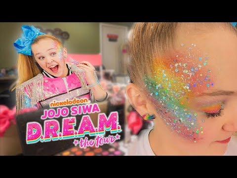 GET READY WITH ME ON TOUR!! (Rainbow DREAM Makeup!🌈)- JoJo Siwa