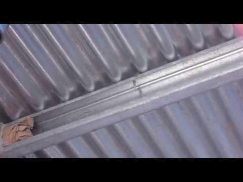 Vista inferior chapa perfil c tornillo autoperforante for Perfiles de hierro galvanizado precio