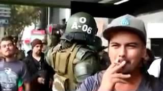 Raperos Vs Carabineros de Chile thumbnail