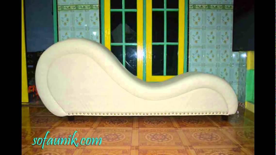 Sofa Santai Unik Tantra
