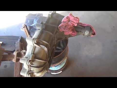 Автосервис в США ; FORD F250 замена сцепления !