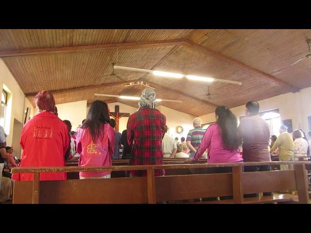 EASTER ISLAND - A sunday in the church of Hanga Roa