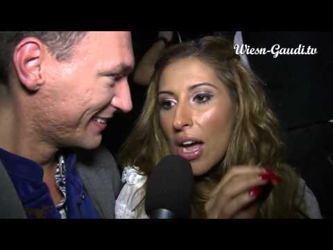 Senna Guemmour von Monrose im Interview mit Wiesn-Gaudi.TV auf dem Oktoberfest