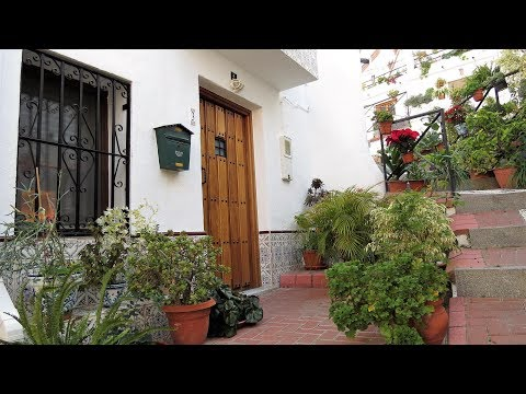 Velez de Benaudalla. Ref:0116. Traditional Village House with lots of Character.