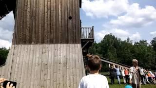 Obracający się młyn w skansenie budownictwa ludowego we Wolsztynie