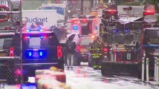Helicopter crash lands on Manhattan building: FDNY