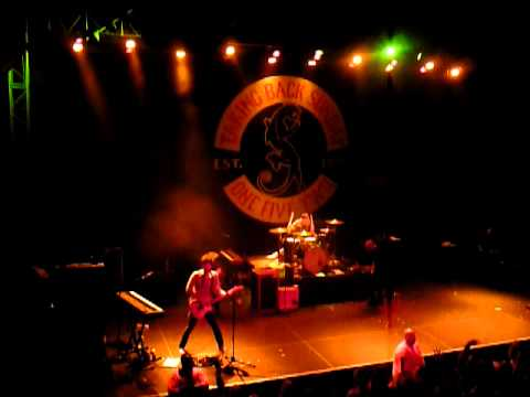 Taking Back Sunday - Cute Without The 'E': Live