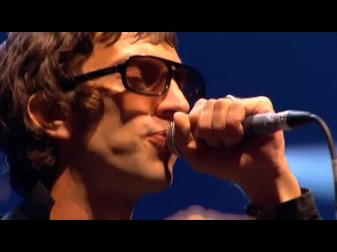 The Verve - Love is Noise (Live Glastonbury 2008)