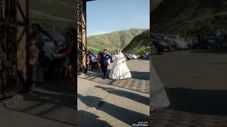 Сестра дружка на свадьбе Всетречают жениха и невесту классно 😍😍😍😍😍💜💋💋💋💋💋🎀🎀🎀🎀👌🏻👌🏻
