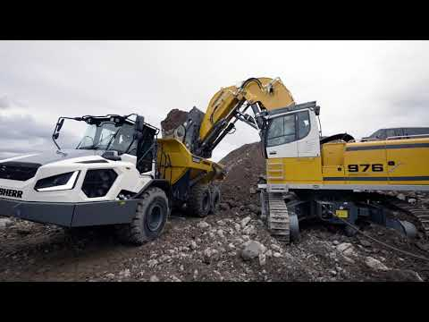 Liebherr  The new electric crawler excavator Liebherr R 976-E