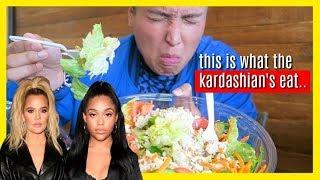 Gambar cover EATING AT THE KARDASHIAN'S FAVORITE RESTAURANT!