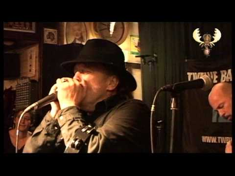 The Twelve Bar Bluesband - the Thrill is gone -live at bluesmoose Café