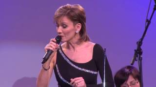KATICA ILLÉNYI singing Bach Violin Concerto