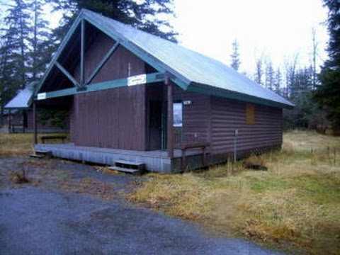 Locally Built Duplex Cabin on GovLiquidation.com
