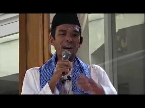 Ustad Abdul Somad Paling Kocak   Nyanyi lagu Haji Rhoma Irama 2018