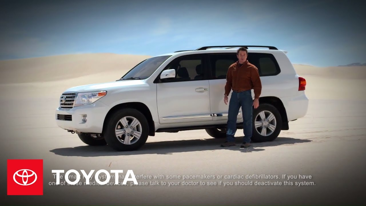 Toyota RAV4 Owners Manual: Using the mechanical key (vehicles with a smart key system)