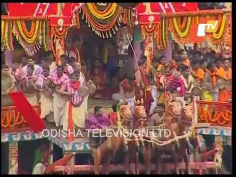 Chariot Pulling   Puri Rath Yatra 2017 - Lord Jagannath, Balabhadra, Devi Subhadra Rath Pulling