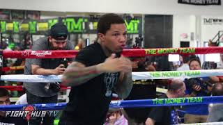 GERVONTA TANK DAVIS SHADOW BOXES AHEAD OF THE MAYWEATHER MCGREGOR FIGHT