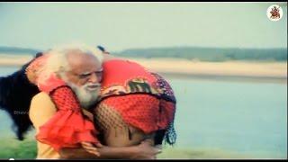 Repeat youtube video Waheeda, Mukku Raju  Rallapalli, Aakumarthi, Anu Climax Scene - Maga Simham Movie