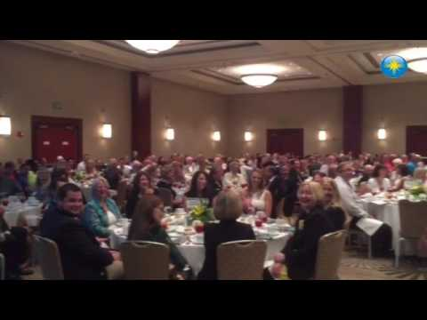 Les McCurdy making people laugh at the Small Business Awards.  #htvideo