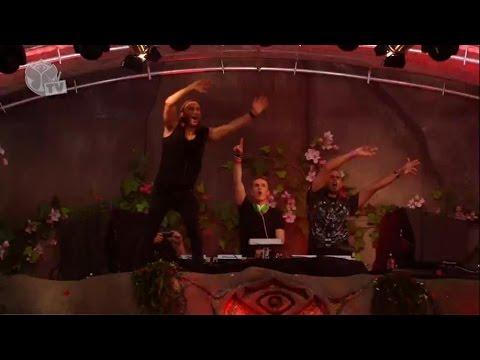 David Guetta ft. Nicky Romero & Afrojack - Booyah @ Tomorrowland 2013