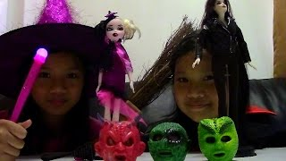 Halloween Edition Barbie Bella The Twilight Saga Breaking Dawn Bratzillaz Cloetta Dolls
