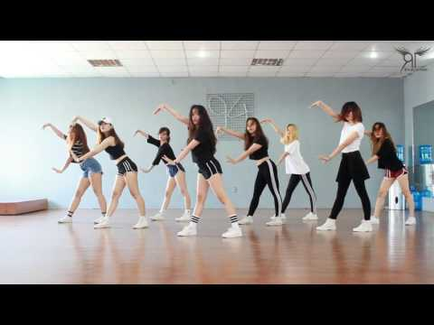 Catch Me If You Can (소녀시대) - Dance Cover By The Riotric From Vietnam
