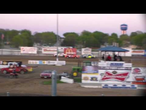 Hobby Stock Heat 2 @ Independence Motor Speedway 05/06/17