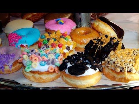 Bares por el mundo: el Voodoo Doughnut y el BrewCycle de Portland