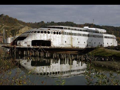 15 Abandoned Ships