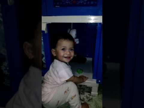 Maryam usia 9 bulan, senyum cantiknya