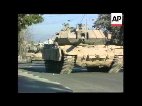 Israeli Tanks Surround Arafat's Headquarters