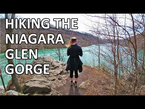 Hiking Ontario | Niagara Glen Gorge