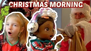 BABY ALIVE has CHRISTMAS MORNING! CATCHING SANTA & GRINCH! The Lilly and Mommy Show. TOYTASTIC !