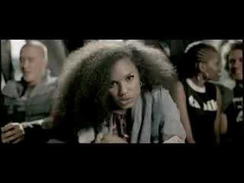 Ayesha - Squaffie feat. Sona