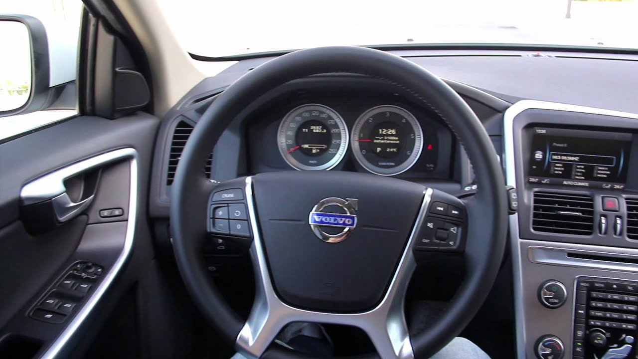 Volvo XC-60 2.4D D5 AWD Momentum, sportsko srce u telu rasnog krosovera - YouTube