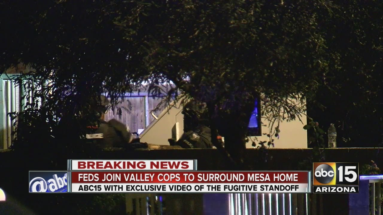 Feds join Mesa police to surround Mesa home