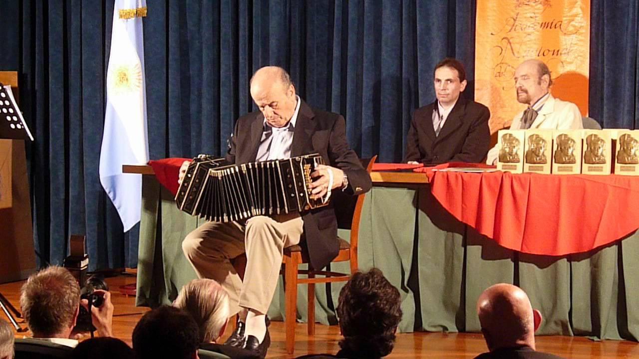 Resultado de imagen para Fotos de Carlos Galván, bandoneonista, director de orquesta y compositor argentino de tango