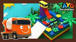 Мощные большегрузные автомобили l Бассейн Orbeez с большегрузные автомобили l Приключения Тайо