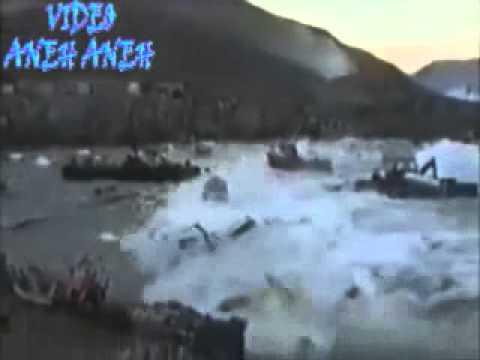 Video Kejadian Tsunami Terdahsyat Di Dunia Yang Terekam Kamera CCTV