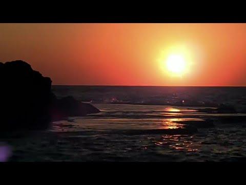 pesona-garut-selatan-(-bukit-teletubies-sunset)
