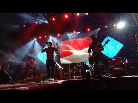 Konser Tipe X Hut Mnctv Di Pondek Cabe Tangerang Selatan Lagu Indonesia Sayang