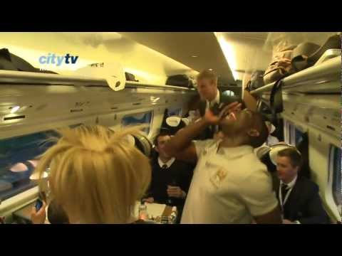 FUNNY Joe Hart & Micah Richards sing De Jong song FA Cup Winners HD