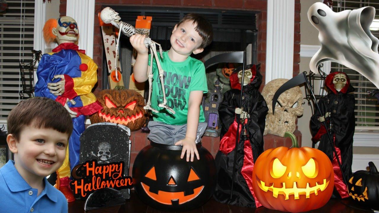 spirit halloween store haul inside decorations animatronics