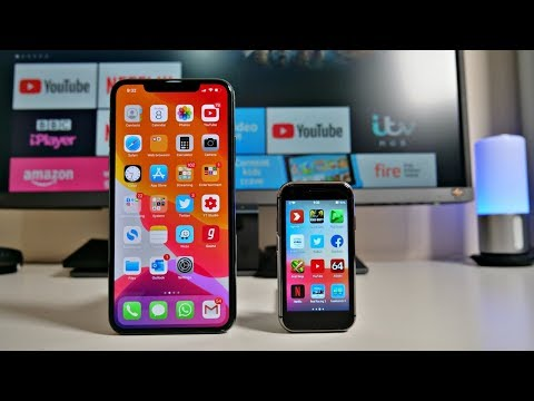 World's Smallest 4G iPhone XS Clone - SOYES XS